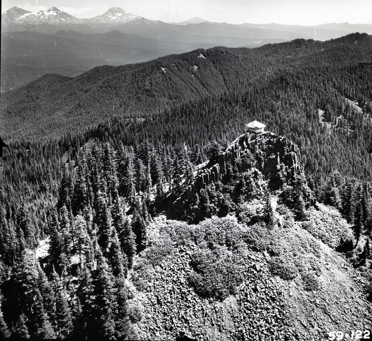 1954 photo of Carpenter Mnt Lookout, Oregon